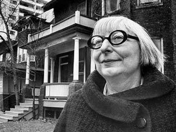 <p>Jane Jacobs retratada por Blaise Edwards.</p>